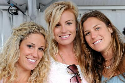 left to right: Breanne  Wagner CAN, Karina Nowlan AUS and Regina Jaquess USA