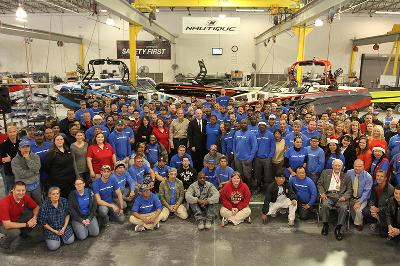 Nautique employees with Governor