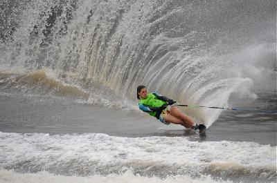 Delfina Cuglievan of Peru qualifies for Moomba Slalom Finals